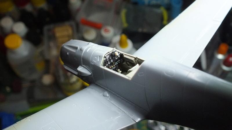 BF109E-3 Tamiya 1/48 ref:61050 avec verrière MSK et photo découpe Eduard Zoom. Dscf2082