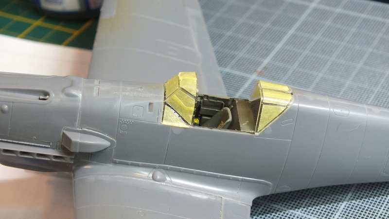 BF109E-3 Tamiya 1/48 ref:61050 avec verrière MSK et photo découpe Eduard Zoom. Dscf2116