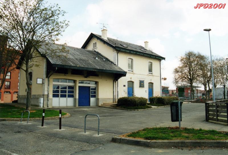 Quizz ,une gare Midi dans la campagne... Colomi13