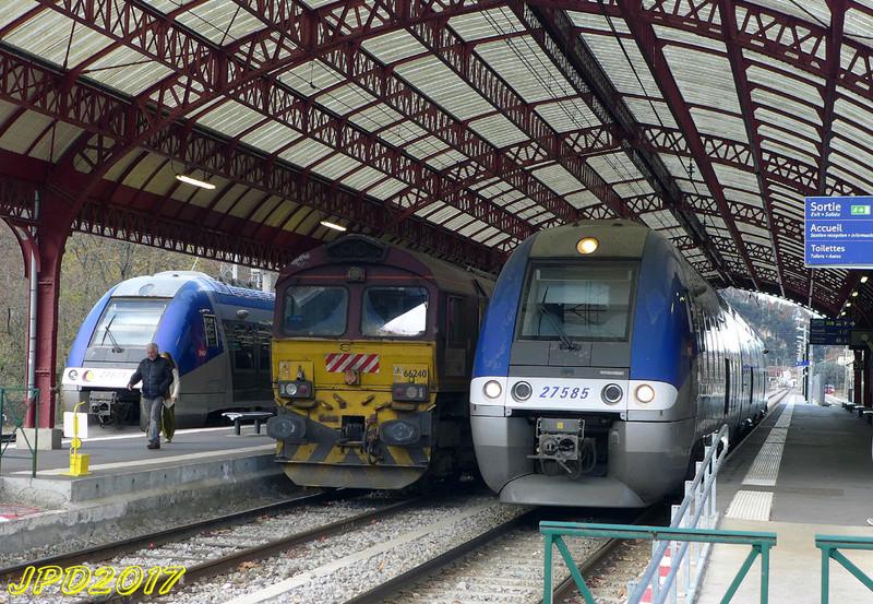 Pk 082,2 : Gare de Foix (09) - Page 11 Foix_210