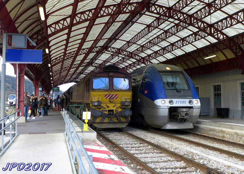 Pk 082,2 : Gare de Foix (09) - Page 11 Foix_410