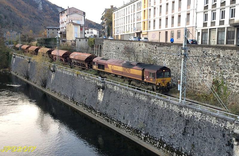 Pk 082,2 : Gare de Foix (09) - Page 11 Foix_510