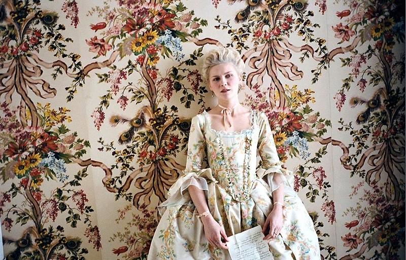 Les secrets de beauté de la Reine Marie-Antoinette 2192fw10
