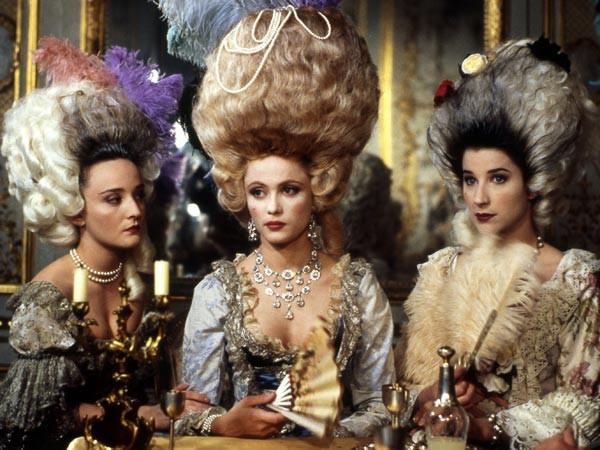 Marie Antoinette, reine d'un seul amour de Caroline Huppert, avec Emmanuelle Béart - Page 2 Zz11