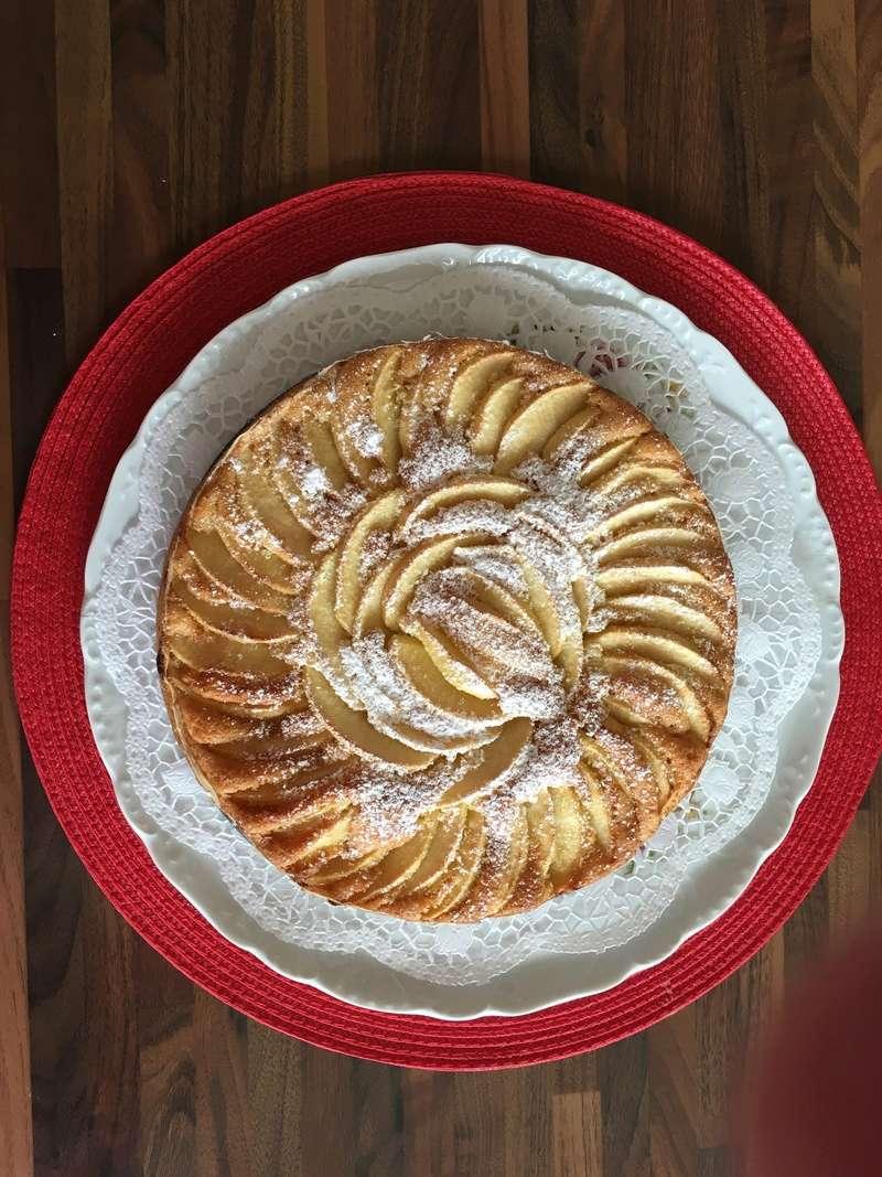 Une tarte aux pomme hyper facile et délicieuse ! 0fac0810