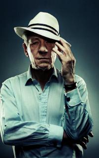 Ian McKellen 200*320 1010