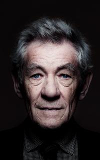 Ian McKellen 200*320 210