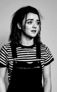 Maisie Williams Sans_t18