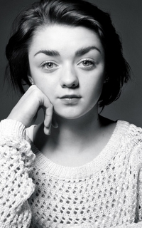 Maisie Williams Sans_t23