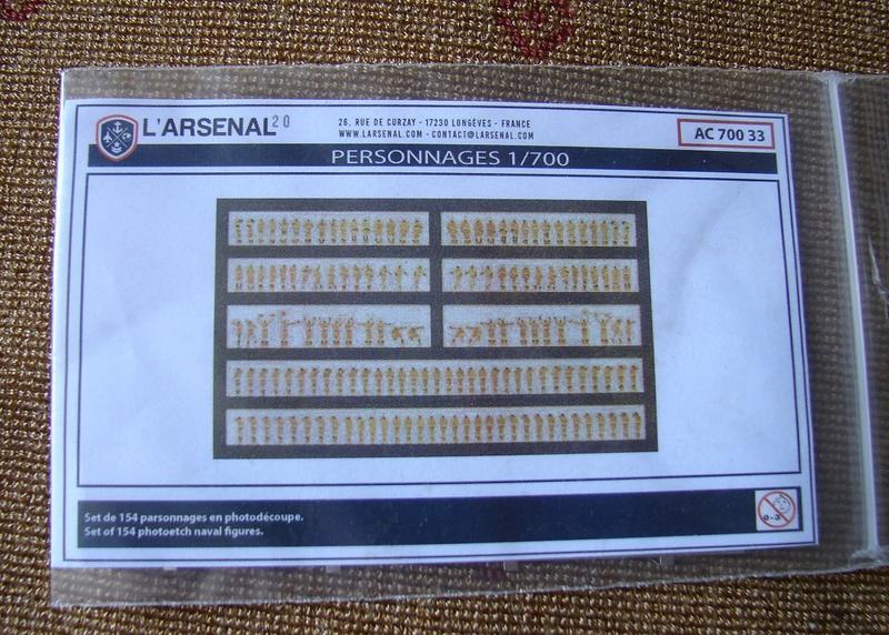 Queen Elizabeth 1918 1/700 + accessoires Dsc01511