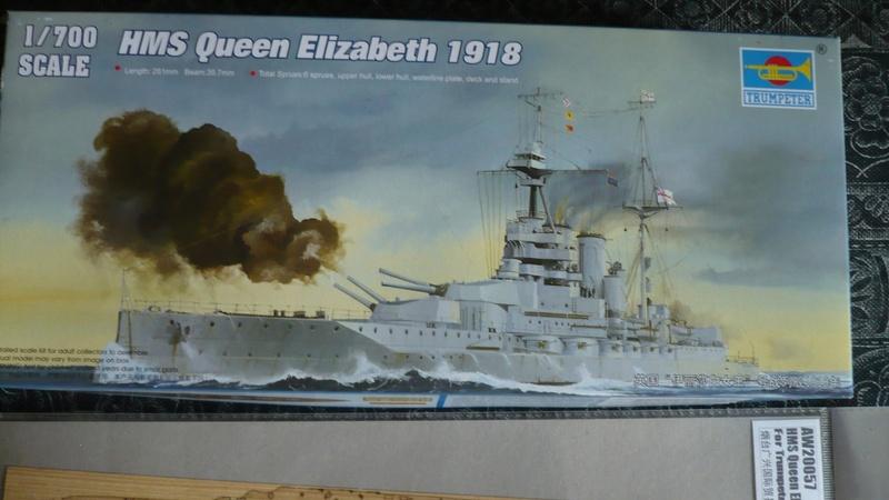 Queen Elizabeth 1918 1/700 + accessoires P1250510
