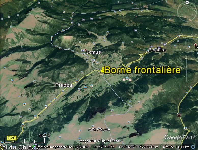 STREET VIEW : borne routière qui marque la frontière entre des départements Borne10