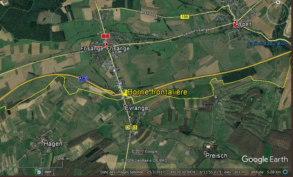 STREET VIEW : borne routière qui marque la frontière entre des départements Captur27
