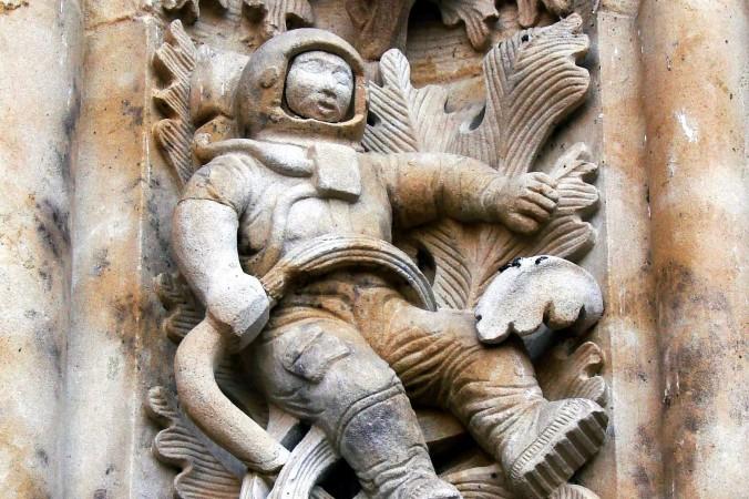 JEU Cela  s'est passé un... ►Enigmes-Astros-G.E◄ - Page 6 Sculpt10