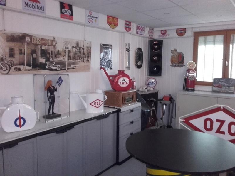 un petit Musée privé sur le thème des vieilles pompes à essence 20180311