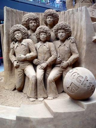 Les statues de sable  - Page 2 78d7dd10