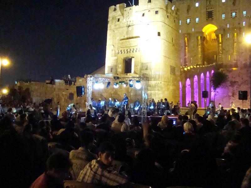 اشهر القلاع الاثرية في سوريا Ds-ale10