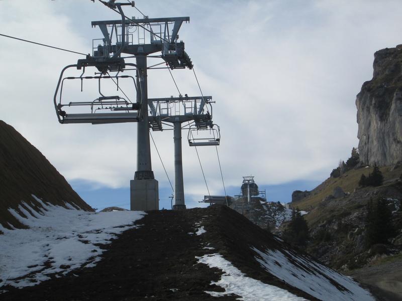 Construction du télésiège débrayable 4 places Le Fer-Brion-Tête d'Ai à Leysin VD Suisse (TSD4) - Page 2 Img_2113