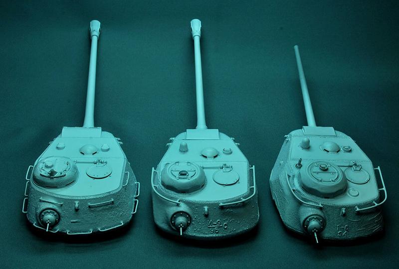Трое из ларца-одинаковых с лица КВ-85, КВ-122 и ИС-2 Dsc_0636