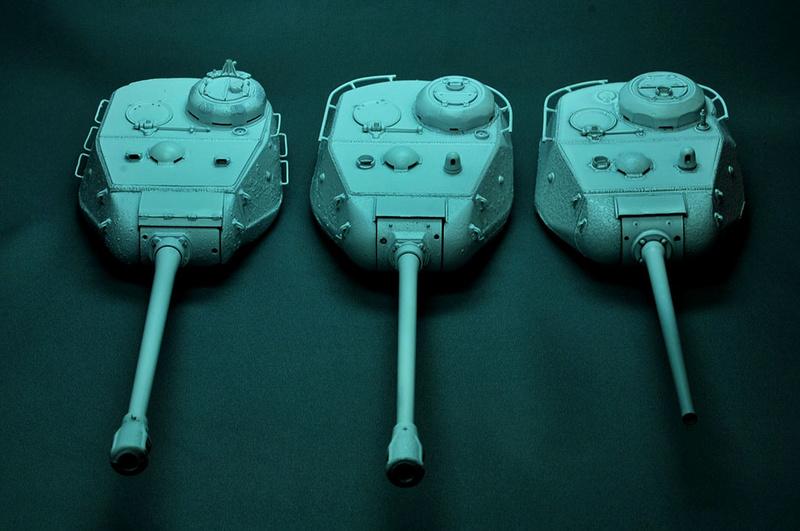 Трое из ларца-одинаковых с лица КВ-85, КВ-122 и ИС-2 Dsc_0637