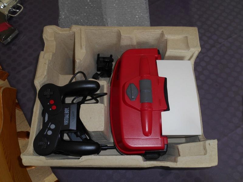 Virtual Boy + 7 jeux Virtua14