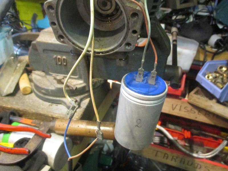 aide pour branchement moteur karcher  620M 220 volts Img_1818
