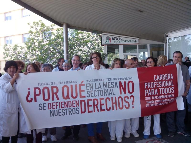 COMIENZAN LAS MOVILIZACIONES POR LA CARRERA PROFESIONAL PARA TODOS 2018-011