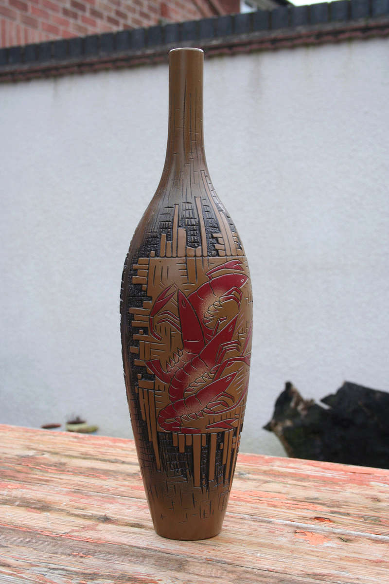 MYSTERY TALL BOTTLE VASE Img_2811