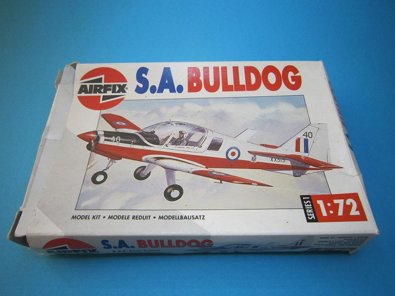 [Airfix] S.A. Bulldog- 1/72ème (année civile) 11869810
