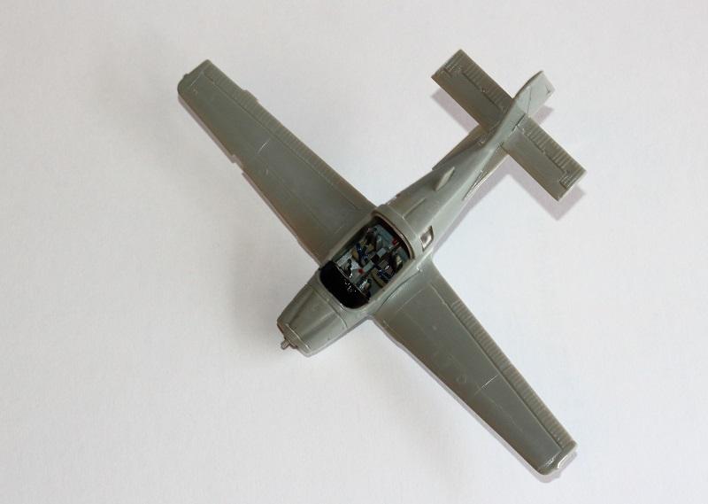 [Airfix] S.A. Bulldog- 1/72ème (année civile) Img_3616