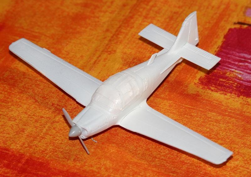 [Airfix] S.A. Bulldog- 1/72ème (année civile) Img_3620