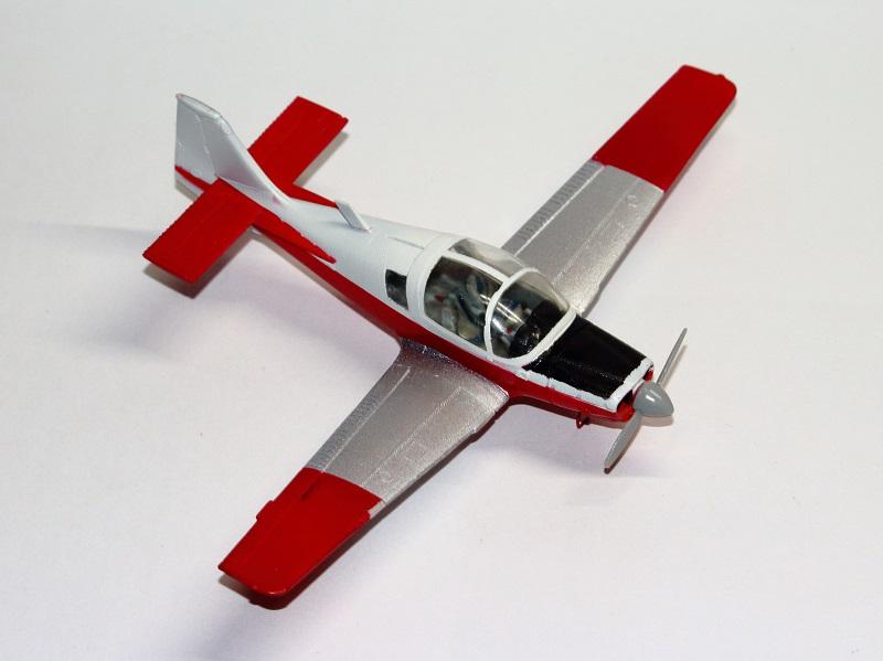 [Airfix] S.A. Bulldog- 1/72ème (année civile) Img_3624