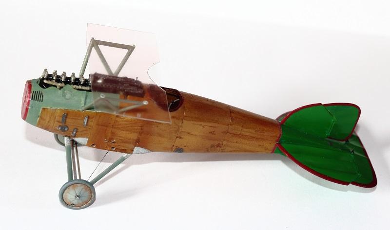 [cage à poules ] - Albatros D III - Eduard - 1/48ème. Terminé - Page 2 Img_3711