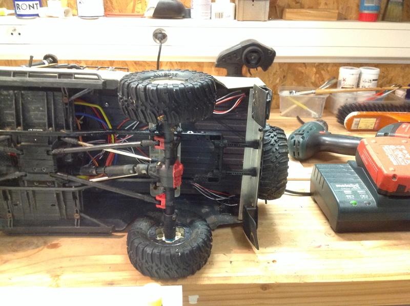 Montage SCX10 II Kit VS RTR : que vaut le SCX10 2 ? - Page 6 Img_1240