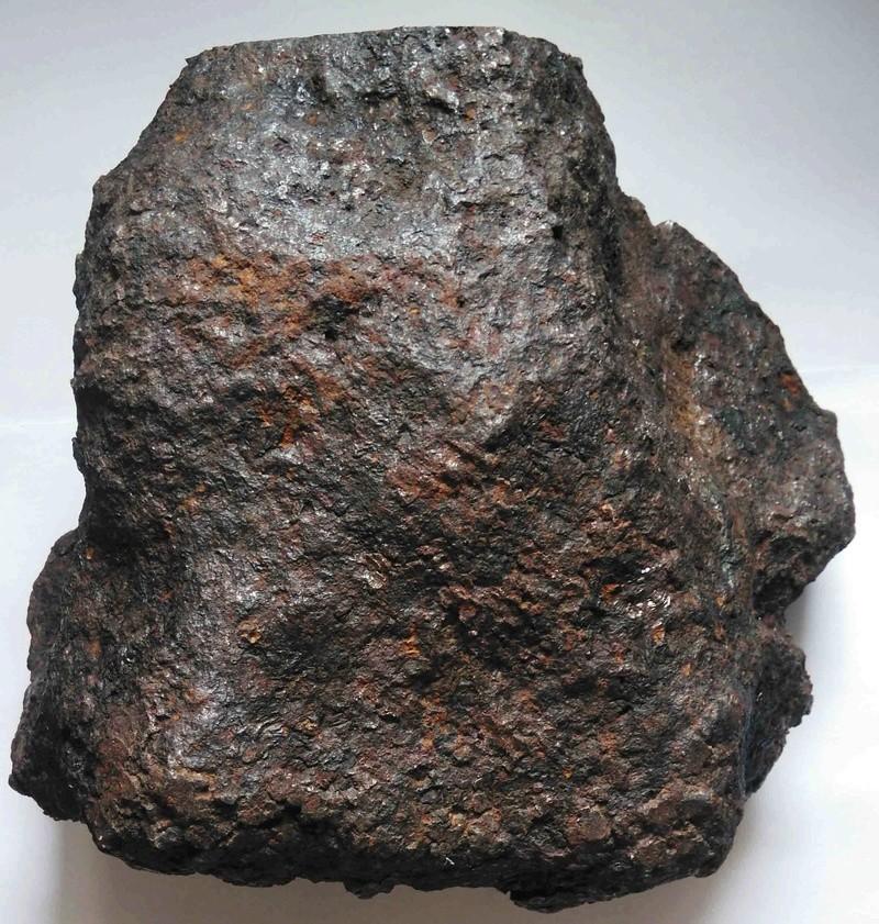 Comment expertiser une soi-disante météorite M0110