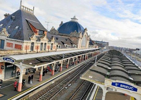 ST BRIEUC. Gare SNCF de nouveaux horaires pour les guichets Depuis10