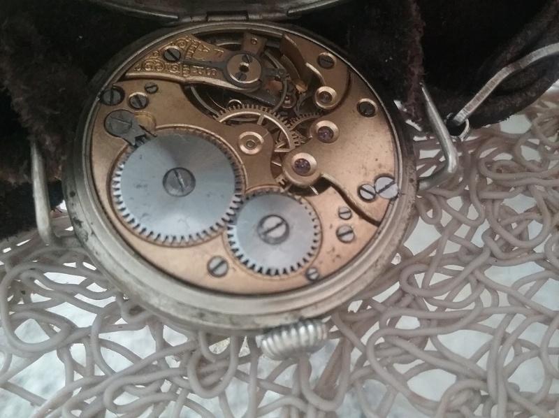 Tissot -  [Postez ICI les demandes d'IDENTIFICATION et RENSEIGNEMENTS de vos montres] - Page 22 20180410
