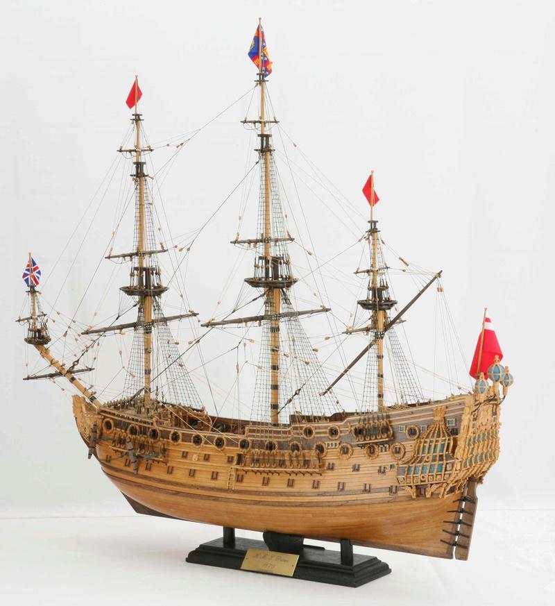 Le HMS Prince 1670 de Constructo au 1/61e de Captain Chris - Page 6 Gimg_610