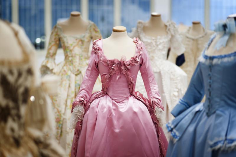 Les costumes de Marie-Antoinette au musée du textile de Prato Foto-l10