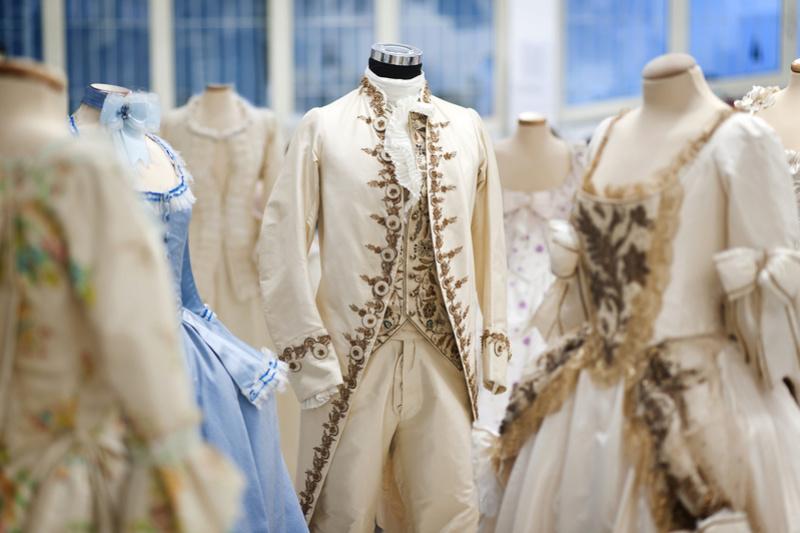 Les costumes de Marie-Antoinette au musée du textile de Prato Foto-l11