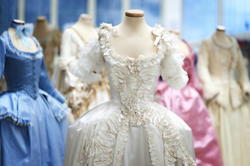 Les costumes de Marie-Antoinette au musée du textile de Prato Foto-l12