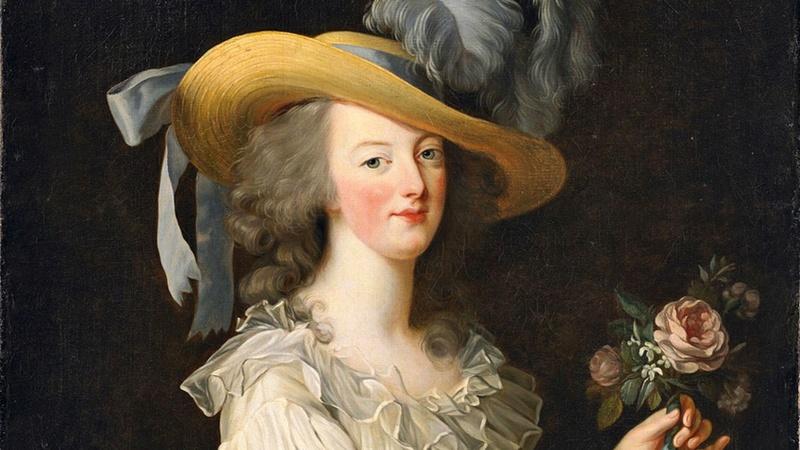 The Devil Wears A White Dress: Antoinette et la chemise  Zzz510