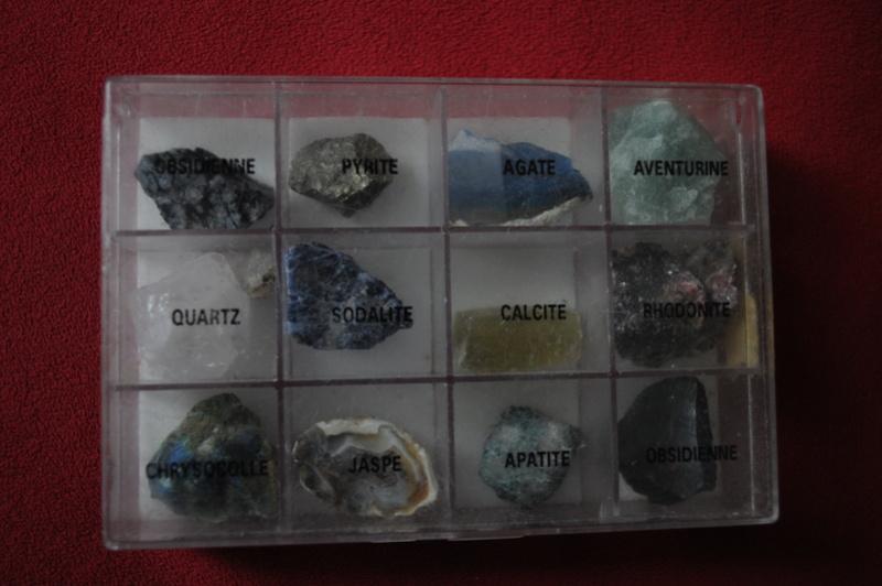 Besoin de vous pour identifier ces pierres Mar_3011