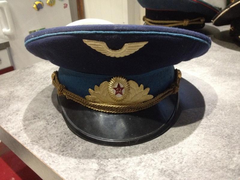 Casquette de l'armée de l'air soviétique  Img_2217