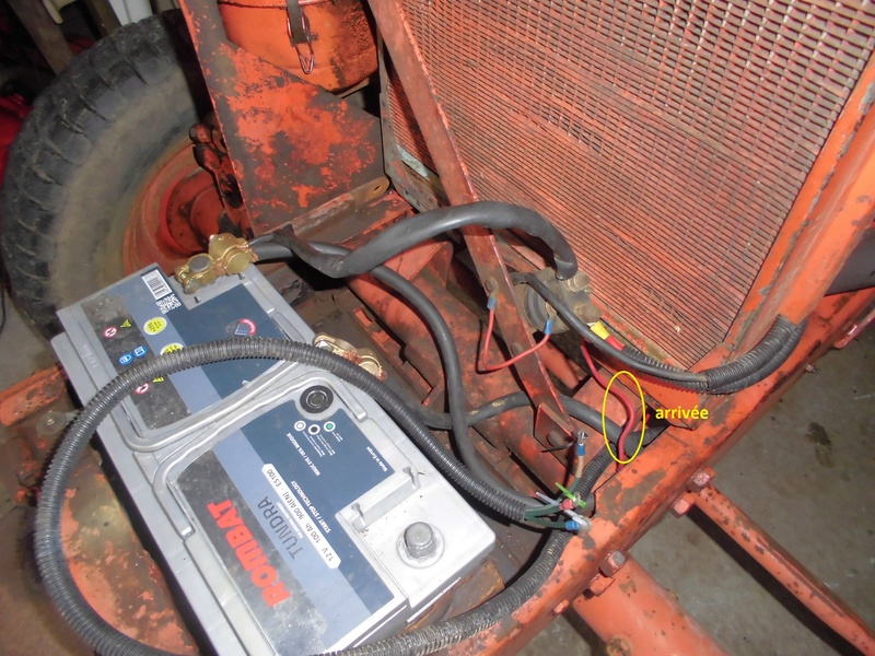 Comment replacer un câble de compteur sur un Renault Super 5 D Cimg1836
