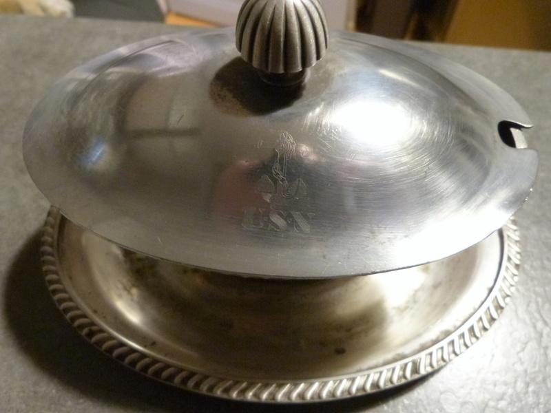 identification vaisselle usn  Saucie10