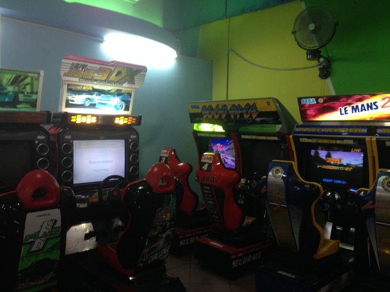 Une salle pas sale (ou les dernières salles d'arcade )  Img_3612