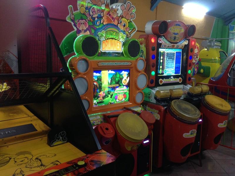 Une salle pas sale (ou les dernières salles d'arcade )  Img_3613