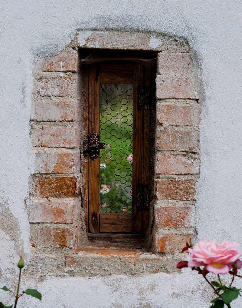 [Fil ouvert ] Fenêtres, volets, ouvertures... - Page 6 P9120810