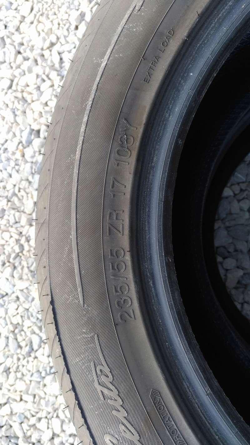 Lot de 2 pneus VREDESTEIN 235 / 55 R17 P_201811